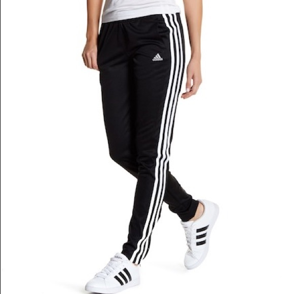 Adidas pants. Girls XL (18/20)